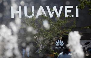 Điện thoại Huawei bất ngờ tăng giá