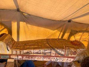 Phát hiện 14 quan tài cổ 2.500 năm ở Ai Cập