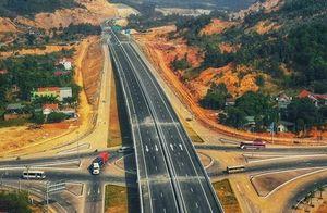 Phó Thủ tướng Trịnh Đình Dũng: 'Xây dựng đường cao tốc quá chậm'