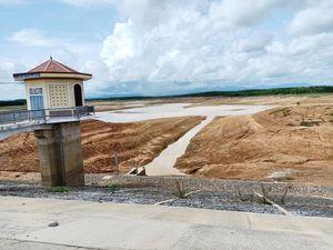 Quảng Trị: Hàng loạt hồ chứa 'khát' nước giữa mùa mưa