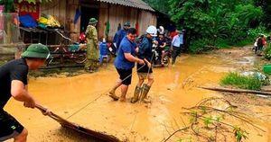 Người dân Lào Cai khắc phục hậu quả sau trận mưa lớn kỷ lục 63 năm qua