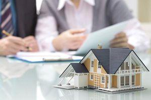 Vợ có được chia tài sản khi ly hôn nếu ở nhà nội trợ?