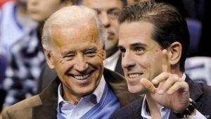 Ông Joe Biden gặp rắc rối vì con trai