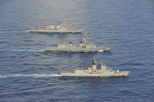 Mỹ-Nhật-Australia tập trận ba bên tại Biển Đông