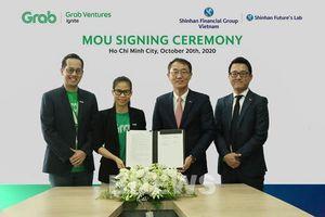 Grab và Tập đoàn Shinhan tại Việt Nam ký thỏa thuận hợp tác chiến lược