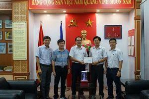 Công ty Truyền tải Điện 3 ủng hộ, hướng về miền Trung
