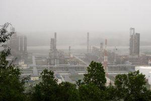 NMLD Dung Quất vẫn hoạt động sản xuất an toàn trong cơn bão số 9