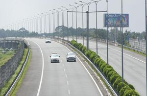 Gỡ ''điểm nghẽn'' cho hạ tầng giao thông
