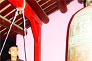 Công phu 108 tiếng chuông Thiên Mụ
