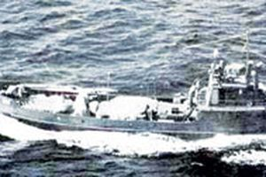 Hai lần đối đầu trên biển