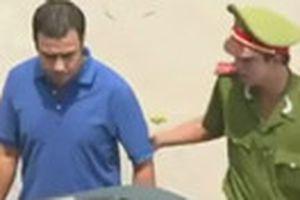 Lan truyền clip 'Quyền Linh bị bắt'