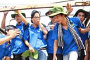 Mùa hè xanh: Lưu luyến giờ chia tay