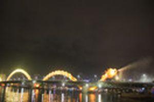 Cầu Rồng phun nước, lửa đêm giao thừa