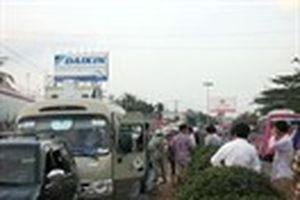 Tiền Giang: Dòng xe kẹt cứng tại cầu An Hữu