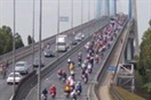 Hàng ngàn lượt xe ùn tắc trên cầu Mỹ Thuận
