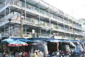 TP.HCM: Di dời 299 hộ dân ở chung cư xuống cấp, sắp sập