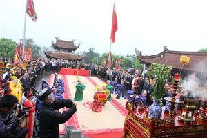 Từng bừng khai hội đền Hùng năm Giáp Ngọ 2014