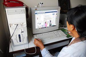 Vì sao không nên đăng ảnh con lên Facebook?