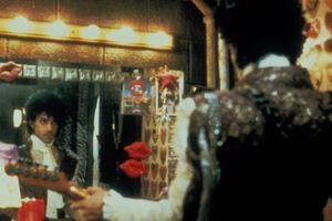 Hình ảnh: Cuộc đời và sự nghiệp của huyền thoại âm nhạc Prince