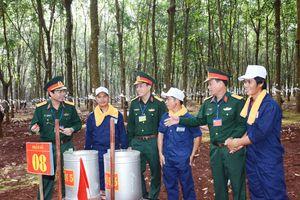 Công ty 72, Binh đoàn 15 thi thợ giỏi thu hoạch mủ cao su năm 2016