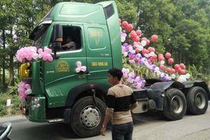 Xôn xao màn rước dâu bằng xe đầu kéo ở Thái Nguyên