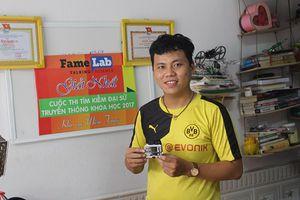 Thiết bị đeo tay chống nạn ấu dâm của cậu sinh viên Đà Nẵng