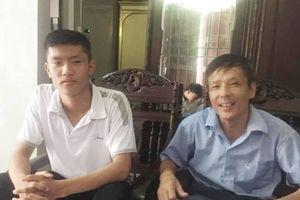 Hà Tĩnh: Thủ khoa 30 điểm nhờ người bố 'khắt khe'