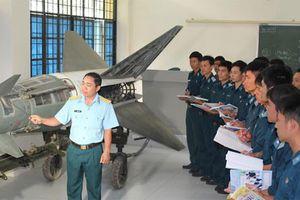 Điểm nhận hồ sơ cao nhất của Học viện Phòng không - Không quân là 19