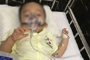 Sức khỏe bé trai 14 tháng tuổi bị bạo hành chuyển biến xấu