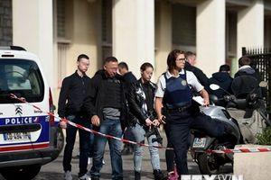 Vụ đâm xe vào binh sỹ Pháp: Đơn vị chống khủng bố mở cuộc điều tra