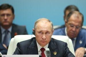 Putin không muốn ngừng cung cấp dầu lửa cho Triều Tiên