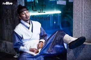 """Khán giả thích thú với tạo hình ngộ nghĩnh của tài tử Kim Nam Gil trong """"Danh y Heo Im"""""""