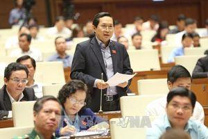 Thuế, phí của Việt Nam ở mức trung bình thấp