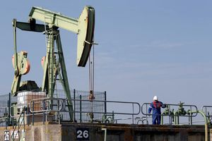Biến động chính trị tại Ả Rập Saudi có thể đẩy giá dầu lên 70 USD/thùng