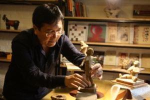 Trưng bày 80 tác phẩm độc đáo của NSND Vương Duy Biên