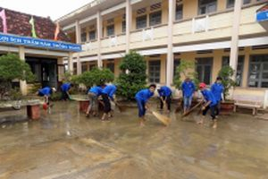 Tuổi trẻ Bình Định chung tay khắc phục hậu quả bão lũ