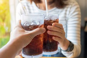 Những sự thật bất ngờ về thức uống hàng triệu người yêu thích