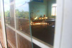 Kỳ lạ ngôi trường chỉ có 45 học sinh, 16 phòng học bị bỏ trống