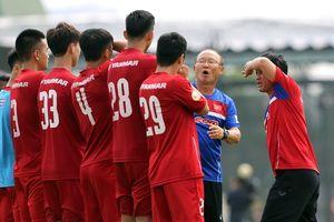 Chuyên gia Nguyễn Thành Vinh cảnh báo thầy trò HLV Park Hang Seo