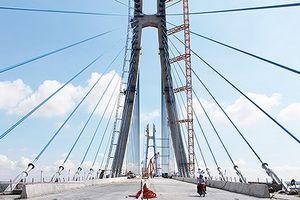 Vụ nứt dầm cầu Vàm Cống: Bộ GTVT khẳng định kết cấu công trình vẫn ổn định