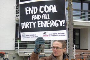 Phản đối than đá và năng lượng 'bẩn' tại hội nghị biến đổi khí hậu