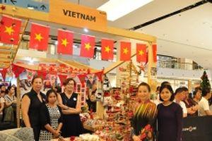 Việt Nam tham gia Hội chợ từ thiện quốc tế tại Thái-lan