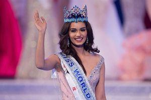 Chiêm ngưỡng vẻ đẹp dịu dàng đậm chất Ấn Độ của tân Hoa hậu Thế giới 2017