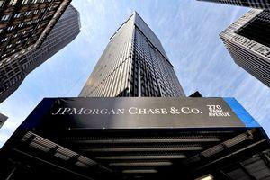 Ngân hàng Mỹ bị phạt vì rửa tiền