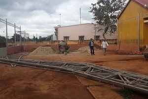Phụ huynh bức xúc vì trường thu tiền xây dựng nhà phụ trợ