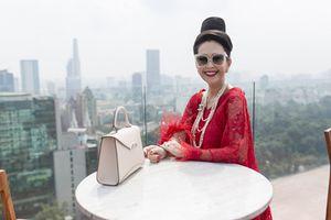 'Nữ hoàng ảnh lịch' Diễm My tuổi 55 vẫn xinh đẹp rạng ngời