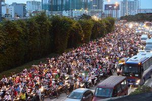 Nỗi ám ảnh giao thông ở hầm vượt sông Sài Gòn