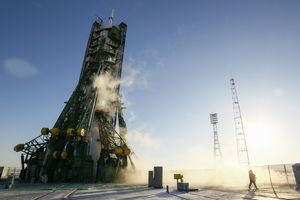 Ba phi hành gia khởi hành đến Trạm Vũ trụ Quốc tế