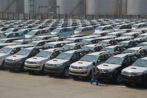 Ô tô nhập khẩu bất ngờ ồ ạt về Việt Nam