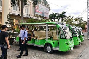 6 xe điện đầu tiên chở khách du lịch ở Cần Thơ